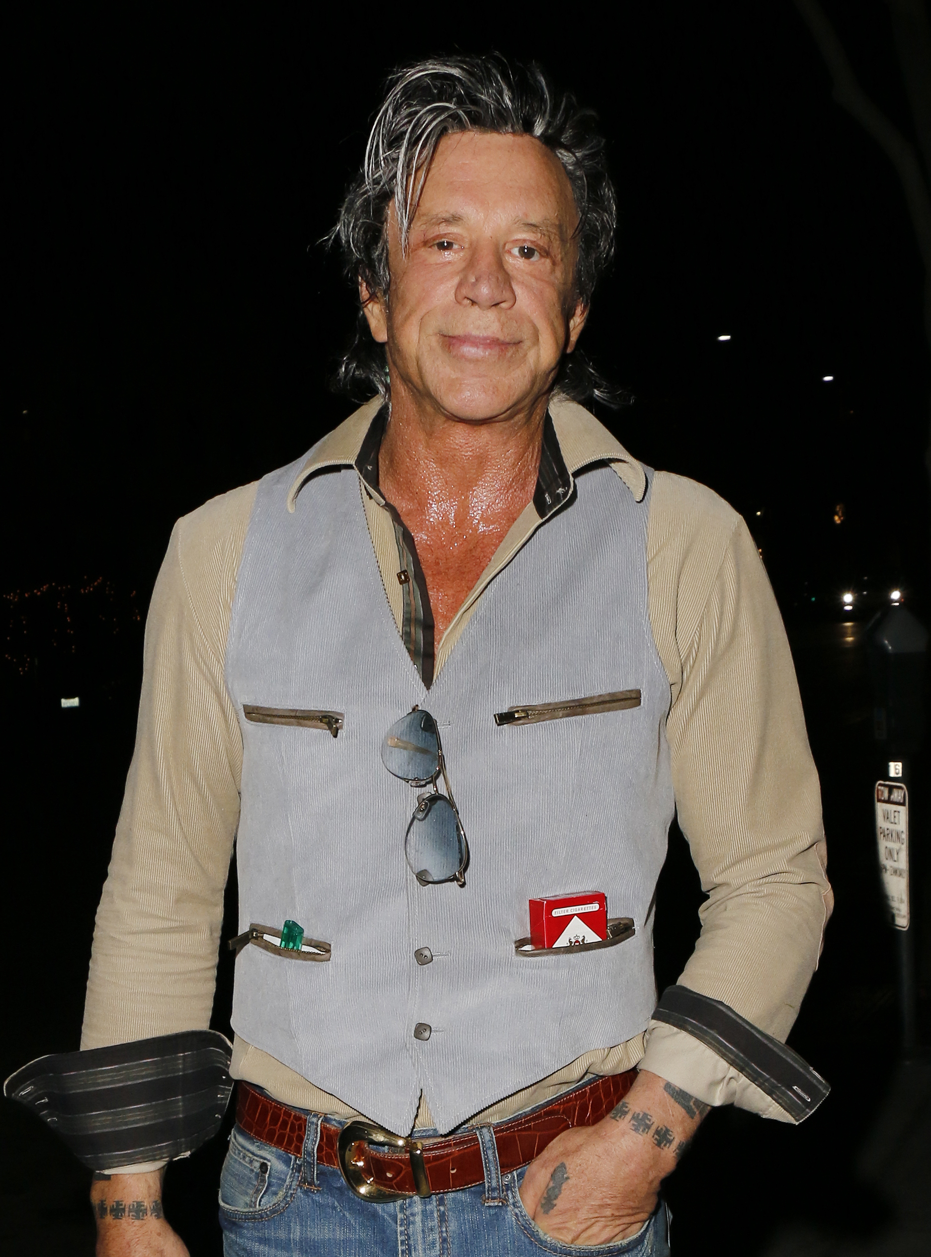 Mickey Rourke in Bever...