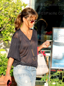 Halle Berry and Nahla in Los Angeles