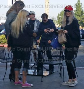 157839, EXCLUSIVE: Kylie Jenner is seen taking fan photos for Caitlyn Jenner as they pick up lunch at the corner bakery in Calabasas. Also pictured is Entertainer Jeff Dunham. Los Angeles, California - Sunday October 2, 2016. Photograph: © MHD, PacificCoastNews. Los Angeles Office (PCN): +1 310.822.0419 UK Office (Photoshot): +44 (0) 20 7421 6000 sales@pacificcoastnews.com FEE MUST BE AGREED PRIOR TO USAGE