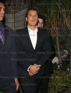 163445, Orlando Bloom attends the H&M Conscious Exclusive Dinner at SmogShoppe. Los Angeles, California - Tuesday March 28, 2017.  Photograph: © MHD, PacificCoastNews. Los Angeles Office (PCN): +1 310.822.0419 UK Office (Avalon): +44 (0) 20 7421 6000 sales@pacificcoastnews.com FEE MUST BE AGREED PRIOR TO USAGE