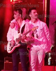 170826, Joe Jonas and his band DNCE perform at The Grand Opening party at The Century City Westfield Mall. Los Angeles, California - Tuesday October 3, 2017. Photograph: © MHD, PacificCoastNews. Los Angeles Office (PCN): +1 310.822.0419 UK Office (Avalon): +44 (0) 20 7421 6000 sales@pacificcoastnews.com FEE MUST BE AGREED PRIOR TO USAGE