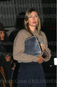 EXCLUSIVE: Maria Sharapova is spotted with a dinner date at the Chateau Marmont in Los Angeles. Los Angeles, California - Monday March 19, 2018. Photograph: © MHD, PacificCoastNews. Los Angeles Office (PCN): +1 310.822.0419 UK Office (Avalon): +44 (0) 20 7421 6000 sales@pacificcoastnews.com FEE MUST BE AGREED PRIOR TO USAGE